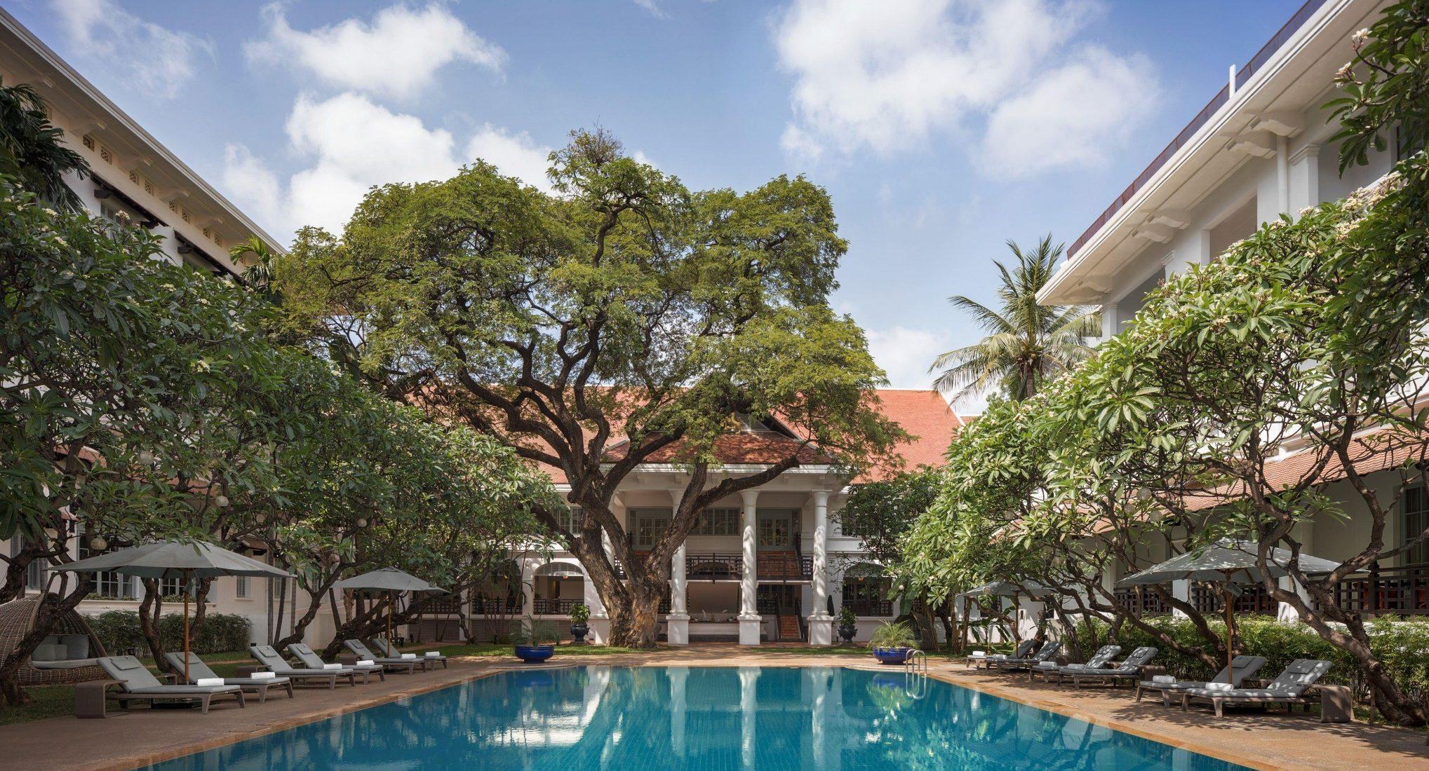 Raffles Hotel Le Royal Phnom Penh - Poolside Terrace